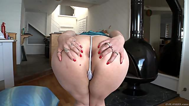 Marvelous Blondes Show Their Asshole On Compilation