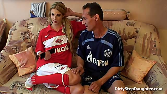 Sporty Old Man And Tall Skinny Student girl Relaxation Sex