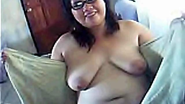 Chubby Filipina milf talks dirty in her bedroom