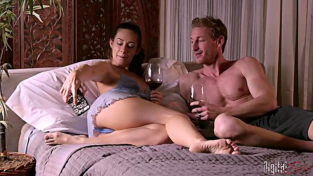 Romantic diner with Cassidy Klein leads to long fucking in the bedroom