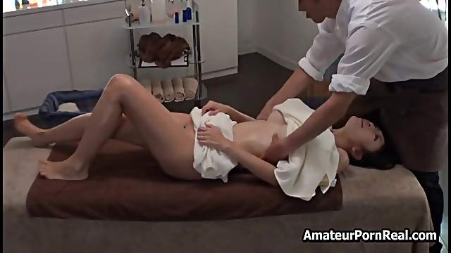 Sex Japanese Massage To Amateur Milf With Big Titts