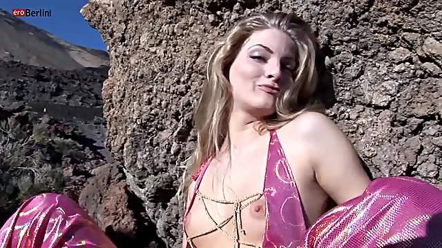 Eroberlin Cayenne Klein pornstar outdoor
