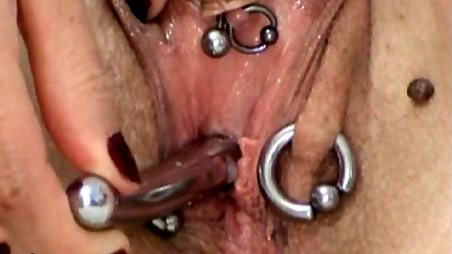PeeHole Fucking with Huge Sounds and Squirt