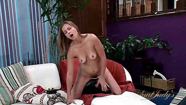 Milf Miss Melrose strips and sits on the Sybian