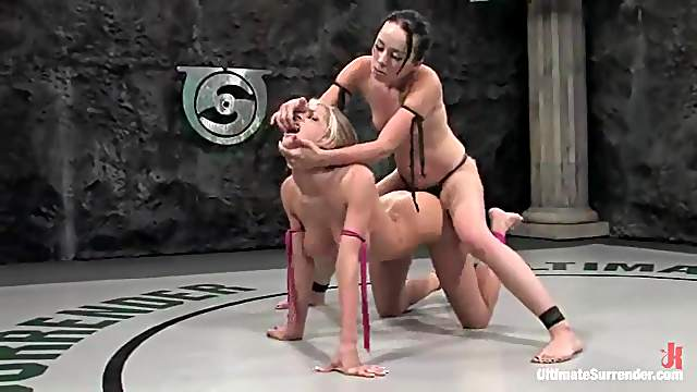 Blonde babe licks brunette's pussy and gets toyed