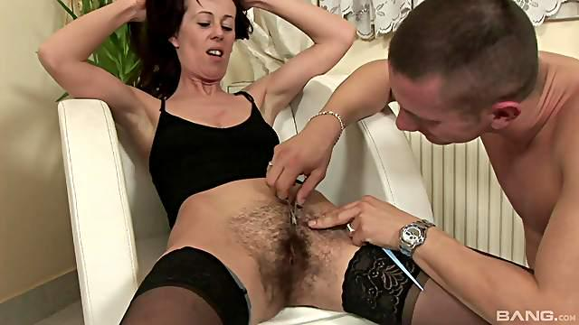 After shaving her pussy he eats her out and fucks her