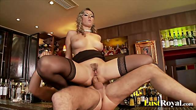 Hot ass Daria Glover in stockings moans while her anal is screwed