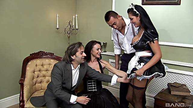 Jasmine and Elizabeth are finally ready for their first foursome