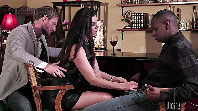 Handsome black dude and one more guy fuck adorable India Summer together