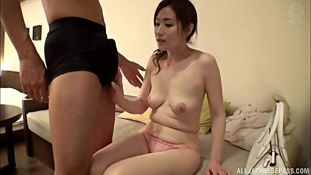 Japanese brunette MILF babe Shiraishi Sumire spreads her legs