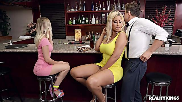 Quickie fucking in a pub with clothed mature mommy Bridgette B