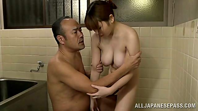 Japanese Cutie Honami Uehara Bathes an Old Man and Jerks Him Off