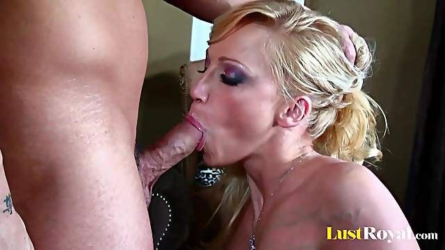 Pretty Nicki Hunter is very good at deep throating