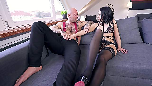 Full blast for the needy MILF after she takes that lingerie off