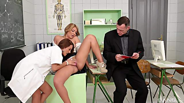 Blonde beauty shares a tasty dong with a horny nurse