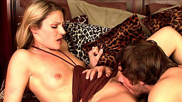 Joey Brass fucks with hardcore Samantha Ryan