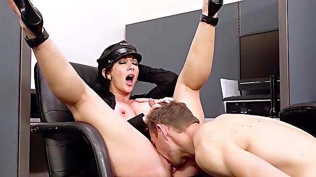 Lustful fuck for horny police woman