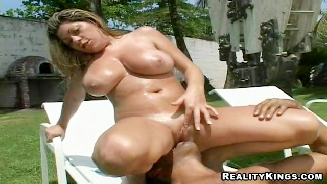Big titty bitch gets juicy spunk on her knockers !