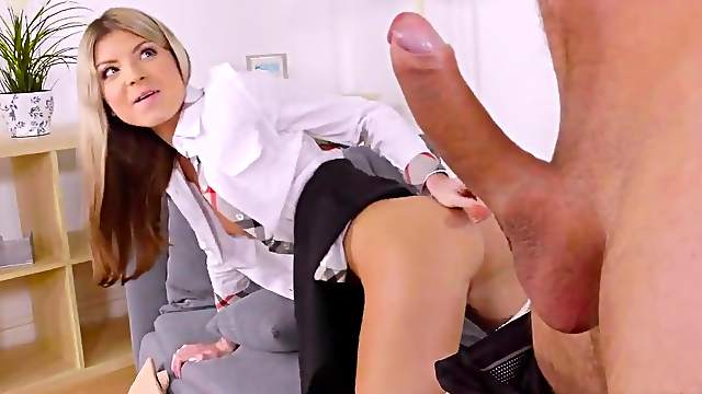 Young blonde reverse rides cock in anal mode