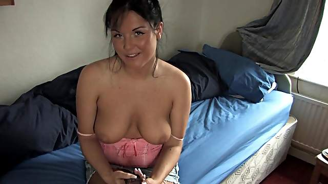 Great teasing froma chubby beauty