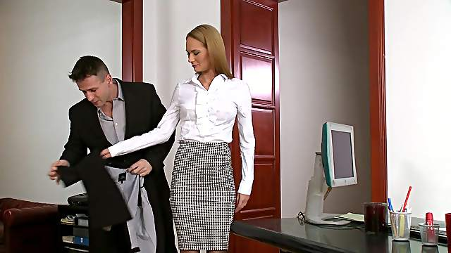 Rough office threesome along alluring Kery Miller