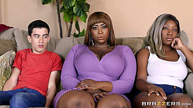 Young lad ass fucks chubby ebony MILF in crazy home XXX