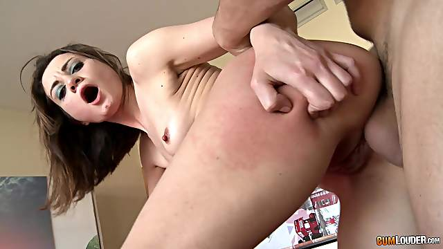 Deep sex leads young amateur to first anal and first facial