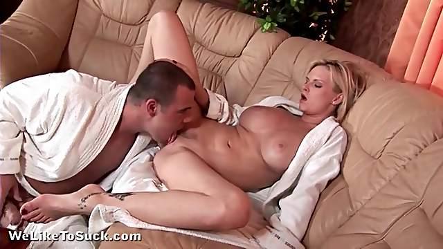 Porn goddess Tarra White sucks dick lustily