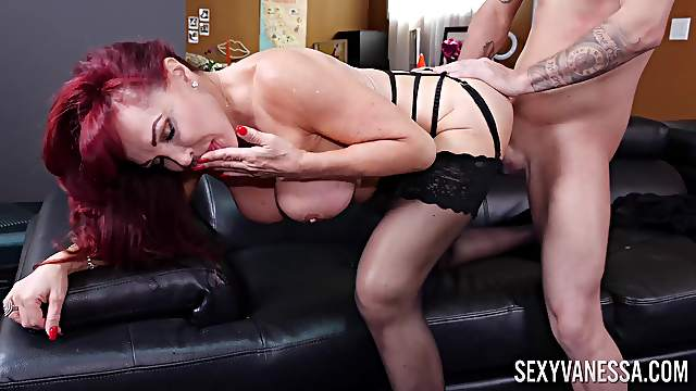 Mature soaks huge dick into her pussy and ass